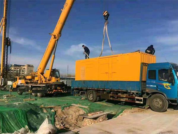 万科工程建设租赁一台大型静音发电机组